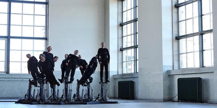 Pendulum Choir (2013), Michel y André Décosterd